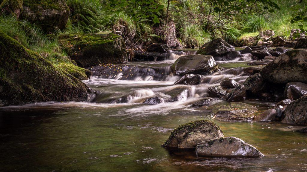 Afon Nadroedd Cascades